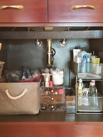 My Bathroom Cabinets Organization